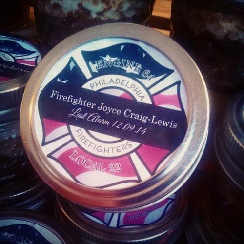 cookie-confidential-red-velvet-cupcakes-for-joyce-craig-lewis