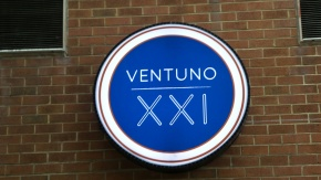 Review: Ventuno at 21st and Chestnut