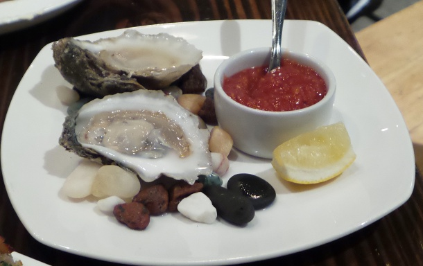 2 Oysters from Virginia at La Peg at Fringe Arts