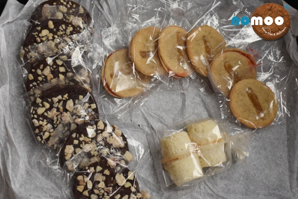 Nomoo Cookies Spring Sweets Box