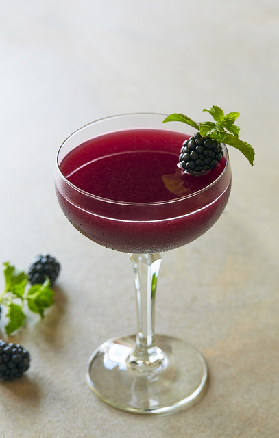 fogo-de-chao-blackberry-azedo-cocktail