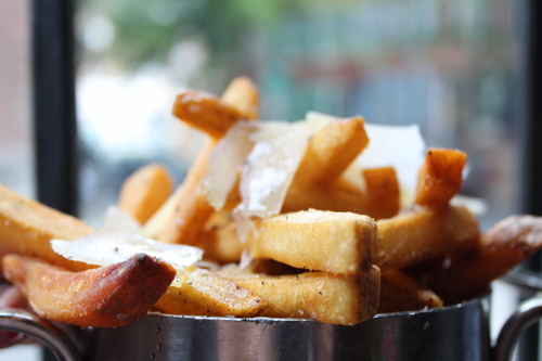 Cacio e Pepe Fries Bar Amis