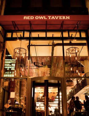 Red Owl Tavern Celebrates Fifth Anniversary with Epic Crab Bash